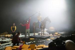 http://www.lukassander.com/files/gimgs/th-40_helium_x_Die_grosse_Krise_Foto_Nelly_Rodriguez-22.jpg